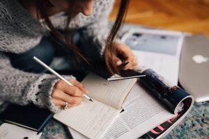 Le 4 caratteristiche di un titolo (veramente) persuasivo